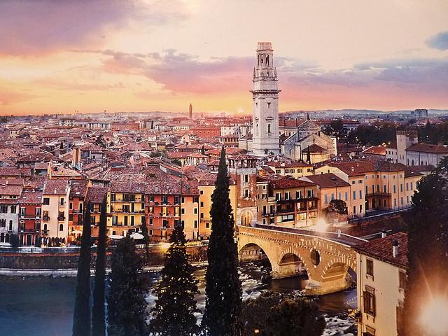 7 деньВенеция. Вечерняя Верона.  Завтрак. Свободное время в отеле или факультативная поездка в Венецию.